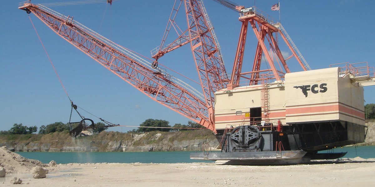 Image of a mining crane, the mining industry uses our electric motor brush holder