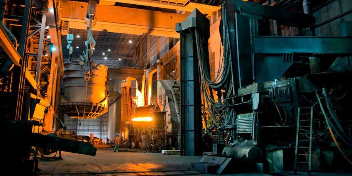 Image of the steel industry, which uses our carbon brush holders
